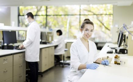 Hope Stahl, pharmacy in campus laboratory