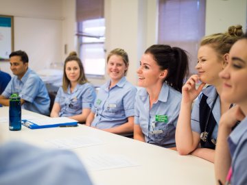 Study Graduate Certificate in Nursing (Bridging & Re-entry) at the